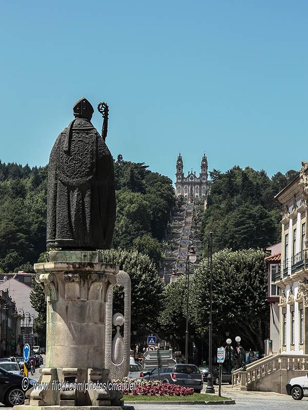 Монастырь в городе Ламего