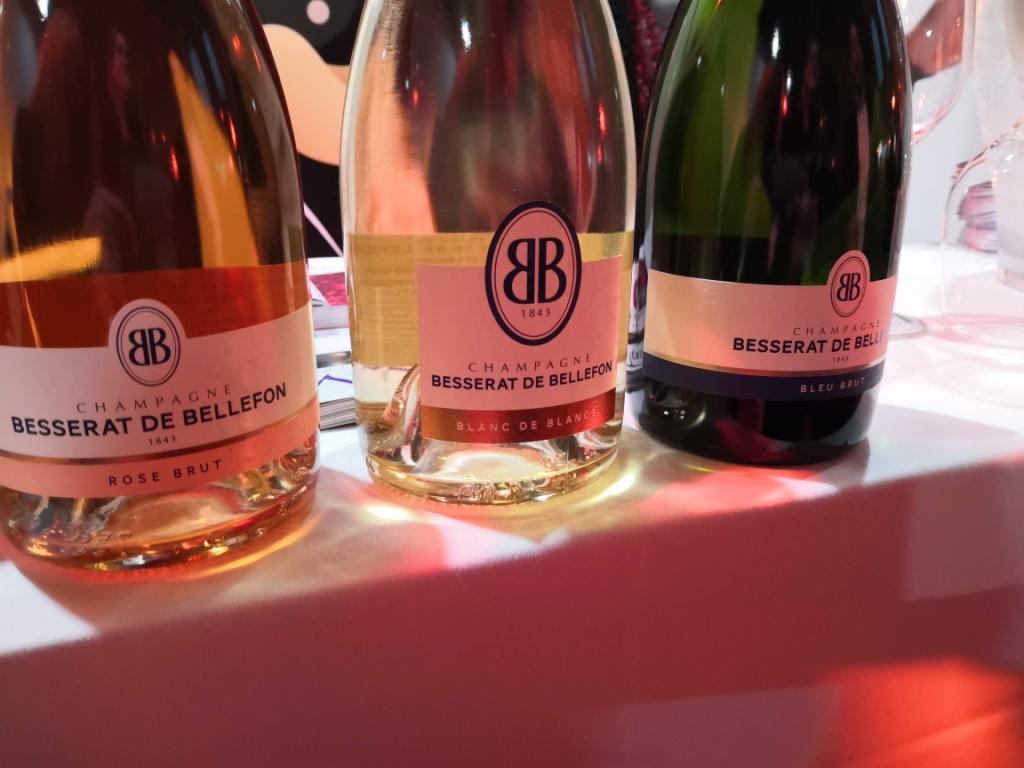 Традиционный способ дегустации шампанского