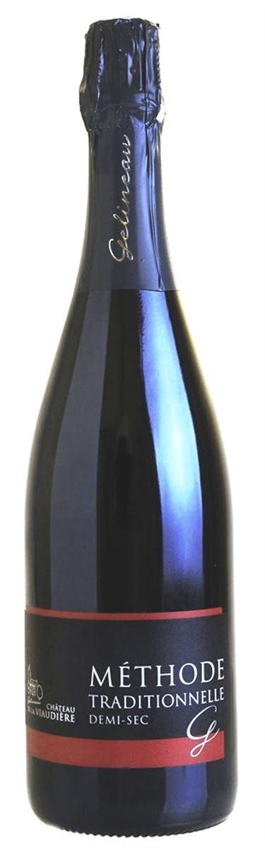 Красное полусухое игристое вино