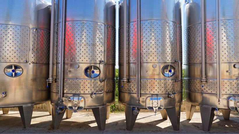 Стальные чаны для выдержки вина