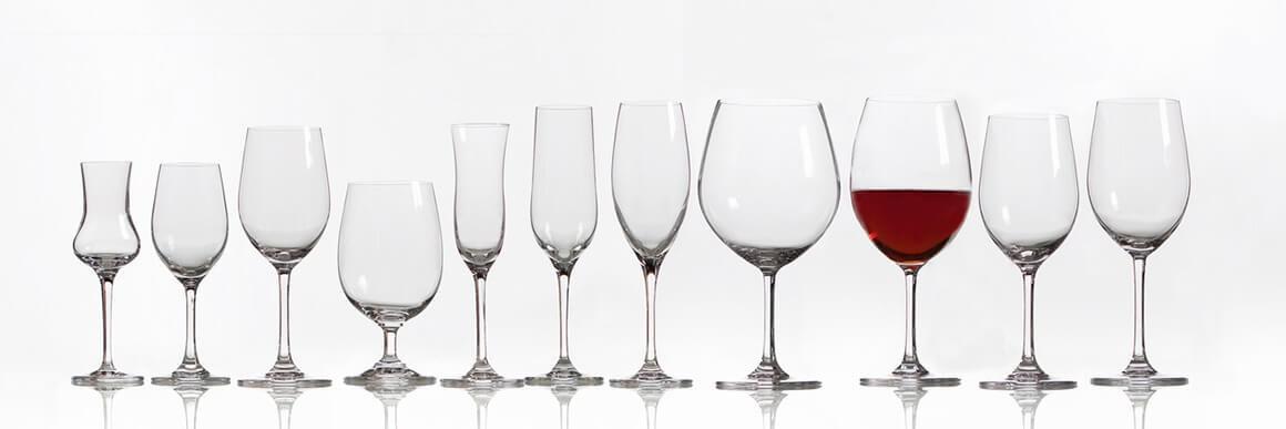 Разные бокалы для вина