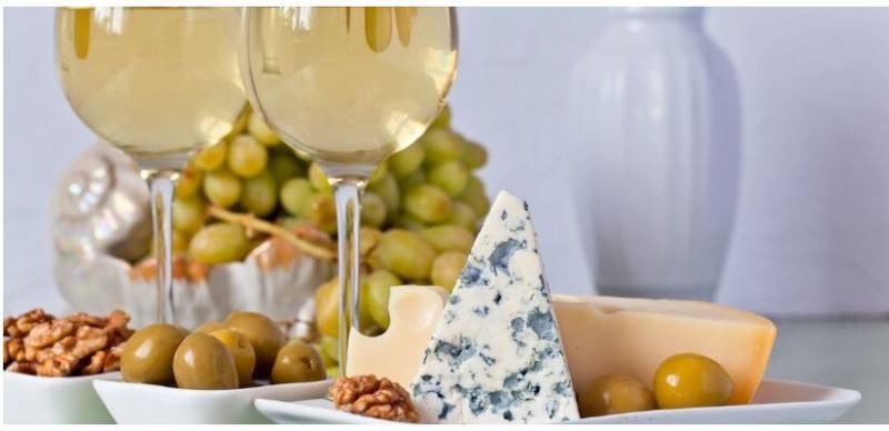 Твёрдый сыр и сыр с голубой плесенью